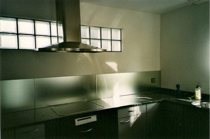 kuchenruckenwand ehrendingen baden ennetbaden und wettingen glas frei. Black Bedroom Furniture Sets. Home Design Ideas
